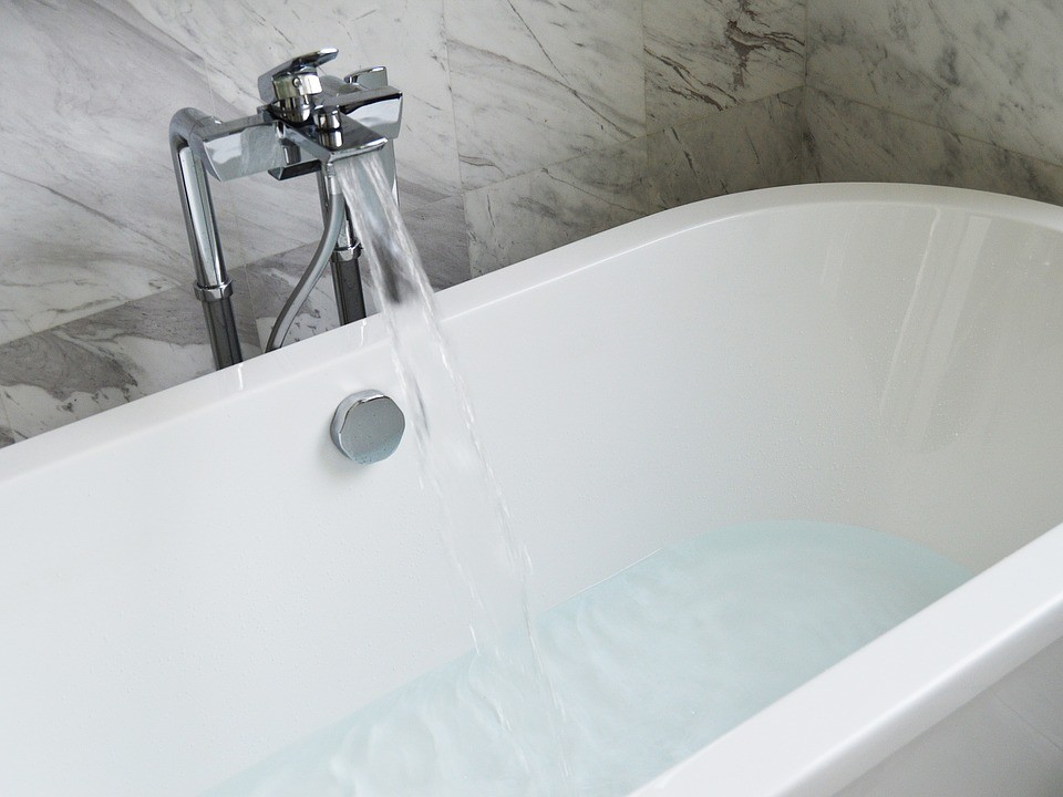 Aliphatic Urethane Coating System-Palm Beach Bath Tub Reglazing & Tub Resurfacing Contractors-We do Bathtub Reglazing, Bathtub Refinishing, Tub Resurfacing, Bathtub Restoration, Countertop Resurfacing, Ceramic Tile Refinishing, Acid Free Reglazing, Commercial Bathroom Reglazing, and more
