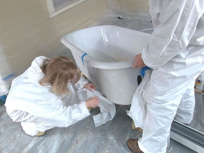 Clawfoot Bathtub Reglazing-Palm Beach Bath Tub Reglazing & Tub Resurfacing Contractors-We do Bathtub Reglazing, Bathtub Refinishing, Tub Resurfacing, Bathtub Restoration, Countertop Resurfacing, Ceramic Tile Refinishing, Acid Free Reglazing, Commercial Bathroom Reglazing, and more