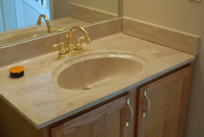 Vanity Top and Sinks Recoating-Palm Beach Bath Tub Reglazing & Tub Resurfacing Contractors-We do Bathtub Reglazing, Bathtub Refinishing, Tub Resurfacing, Bathtub Restoration, Countertop Resurfacing, Ceramic Tile Refinishing, Acid Free Reglazing, Commercial Bathroom Reglazing, and more